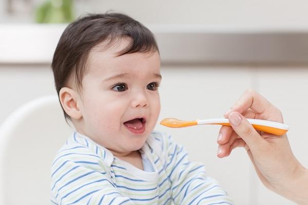 Mách các mẹ cách cho bé ăn dặm hải sản