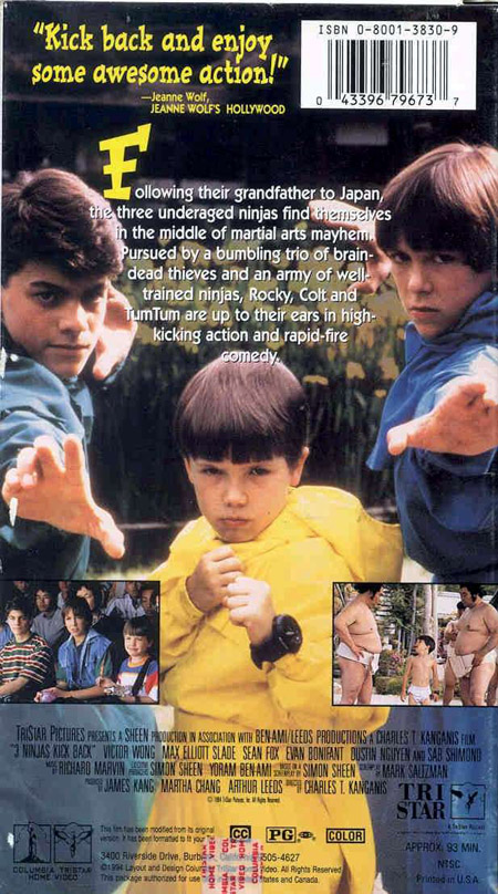 """Năm trong series nổi tiếng """"3 ninjas"""", bộ phim """"3 chú nhóc ninja"""" ra đời  năm 1994 đã làm thích thú các tín đồ phim hành động với các pha đấu võ ..."""