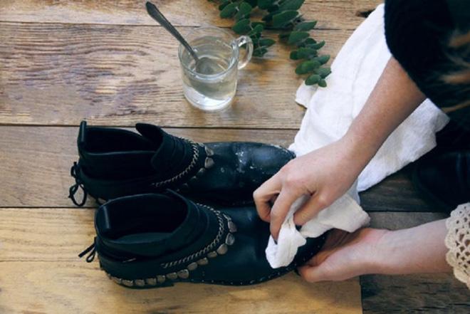 BS Đông y mách bạn nên cho bảo bối này vào giày để khử độc - Ảnh 4.