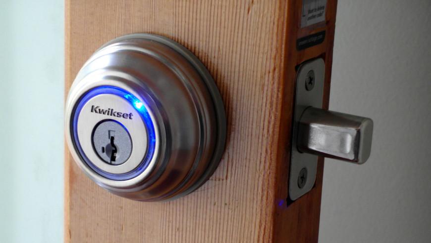 Khóa cửa điện tử Kwikset Kevo Smart Lock