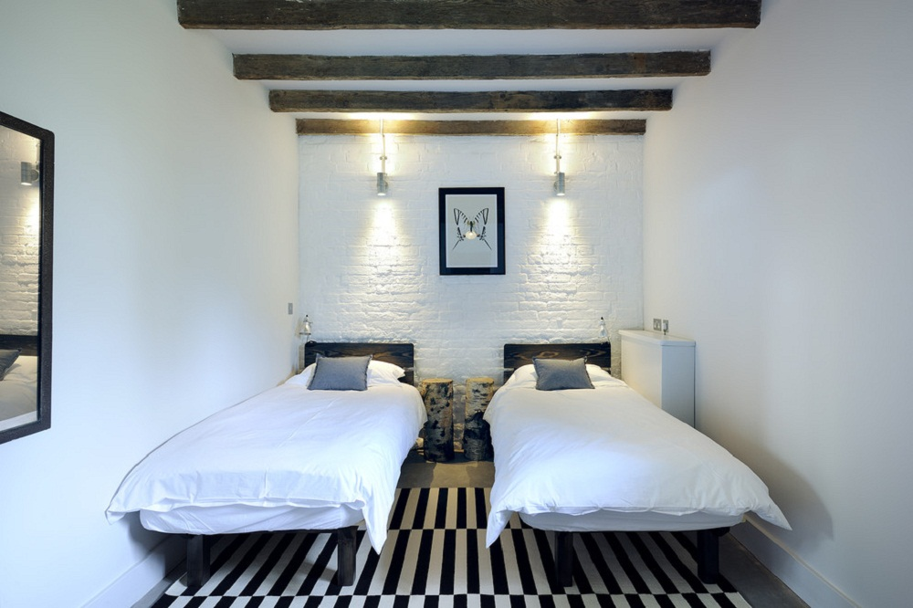 Tường gạch trong phòng ngủ - xu hướng chưa bao giờ cũ