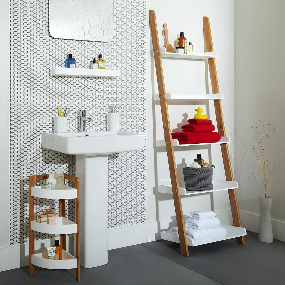 Dùng bao năm trời, bạn đã biết hết những công dụng của chiếc thang đứng?
