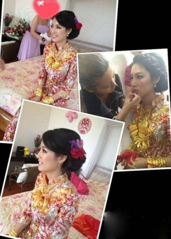 Choáng!!! Cô dâu đeo một đống vòng vàng trĩu cổ