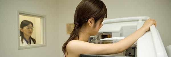 4 cách đơn giản phòng chống ung thư vú