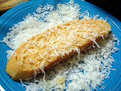 Bánh mì chiên dừa cay kiểu Pháp