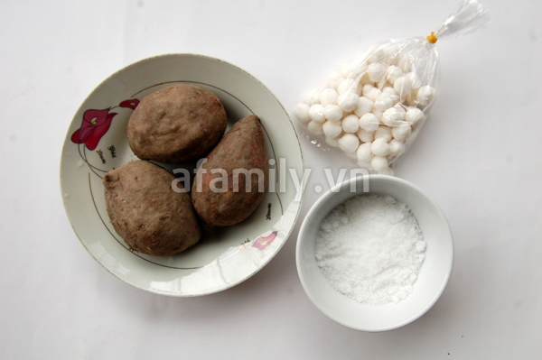 Ngọt mát món chè khoai tím nấu nước cốt dừa