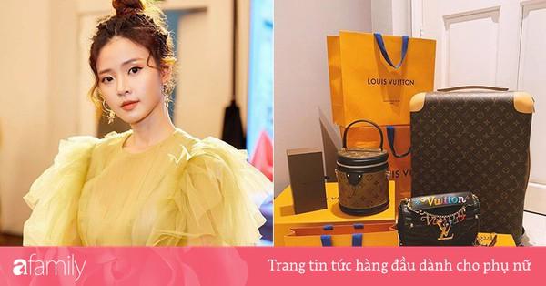 Cận cảnh chiếc túi ''cặp lồng'' nghìn đô mà Midu mới sắm, lại càng choáng hơn nữa khi nhìn BST túi mà cô sở hữu