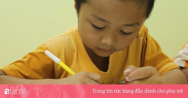 Nếu con mất tập trung, ngồi học bài không yên, làm bài thi hay sai thì cha mẹ hãy thử ngay phương pháp hiệu quả này