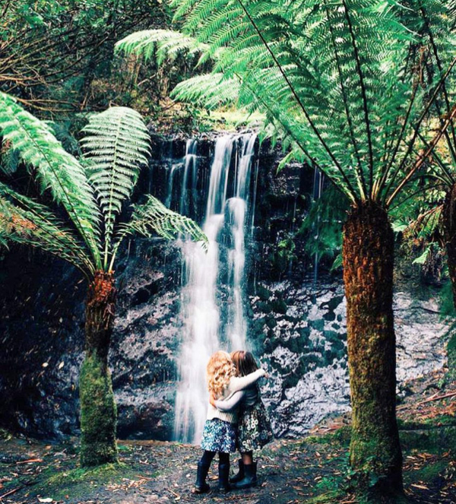 Hai cô gái xinh đẹp mở màn trào lưu đi du lịch cùng bạn gái thân khắp thế giới - Ảnh 16.