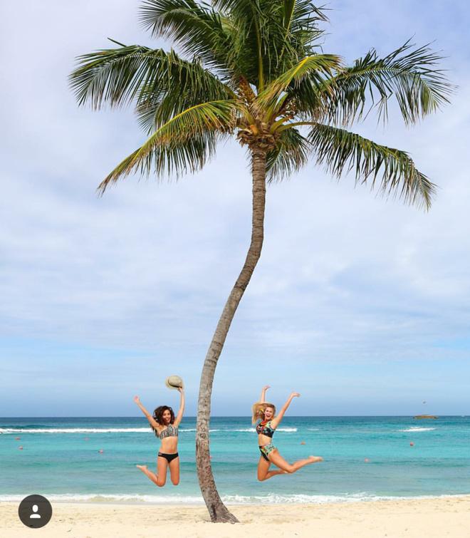 Hai cô gái xinh đẹp mở màn trào lưu đi du lịch cùng bạn gái thân khắp thế giới - Ảnh 26.