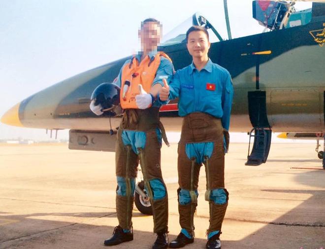 CẬP NHẬT: Máy bay huấn luyện phản lực L-39 của KQVN rơi tại Phú Yên - Ảnh 1.