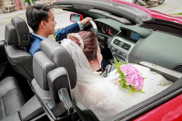 Choáng với đám cưới xa hoa, rước dâu bằng dàn ôtô gần 100 chiếc - Ảnh 7.
