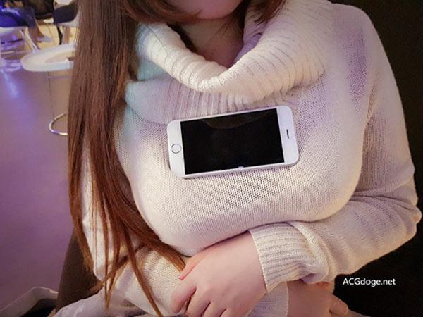 Sau vòng tay chạm rốn, vòng eo A4 sẽ là vòng ngực smartphone - Ảnh 6.
