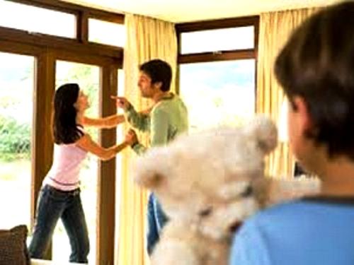 ly hôn, chồng cũ quấy rối, bạo hành gia đình, hanh phúc gia đình, ghen tuông