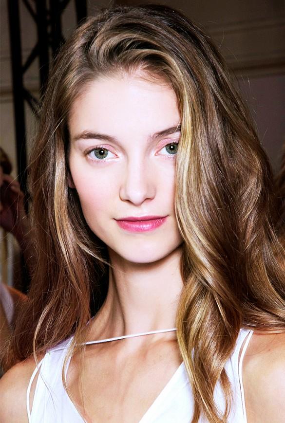 Khi màu tóc cũng có thể... trị mọi khuyết điểm về da 3