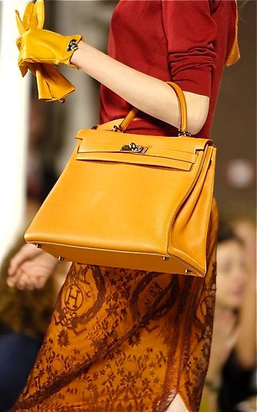 """Những """"biểu tượng sắc đẹp"""" liệu sẽ đeo túi gì thời hiện đại? 7"""