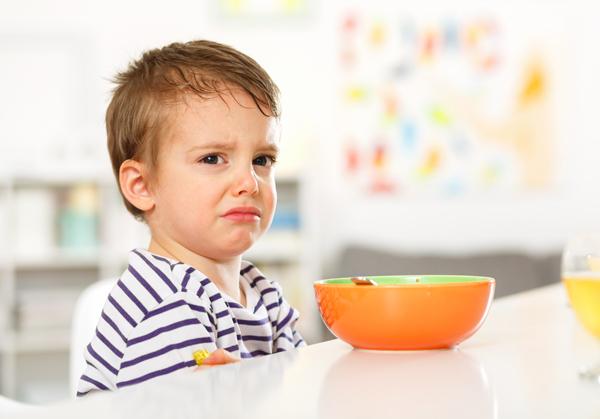 8 dấu hiệu cho thấy con bạn là đứa trẻ kén ăn 1