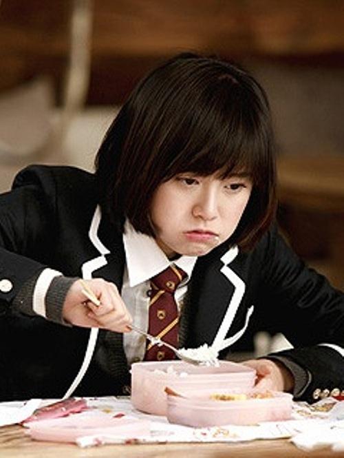 """Những người đẹp """"phàm ăn tục uống"""" trong phim Hàn 4"""