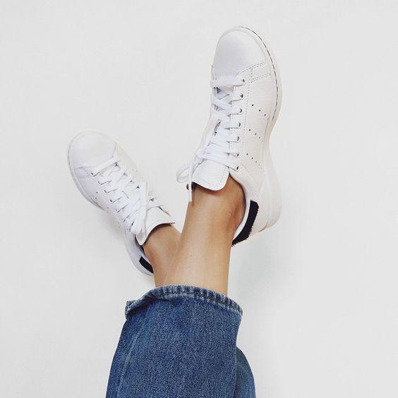"""giay sneaker trang - Cẩm nang lựa chọn và bảo quản """"toàn tập"""" với giày sneaker trắng"""