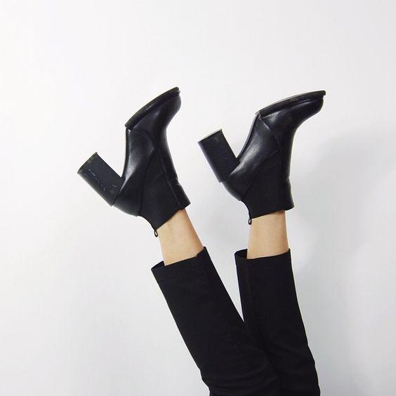 6 kiểu giày nàng công sở nào cũng cần sở hữu