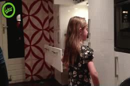 Những bức ảnh siêu hài hước khi các ông bố chơi cùng con 1