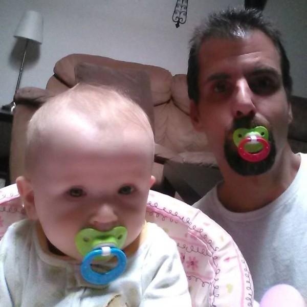 Những bức ảnh siêu hài hước khi các ông bố chơi cùng con 26