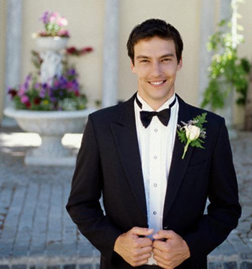Mọi người nói tôi điên vì làm đám cưới với một người đã qua đời