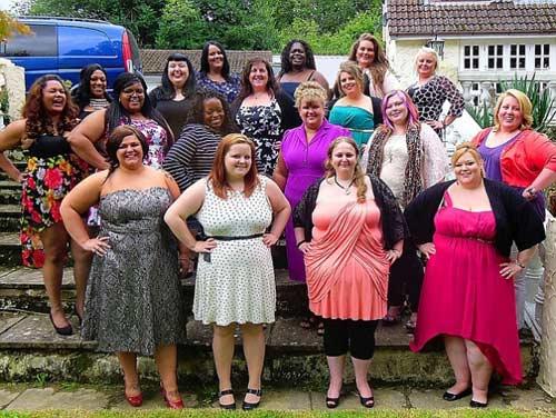 Hoa hậu béo nước Anh khoe những thân hình ngoại cỡ 1