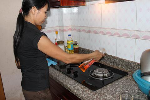 Chất tẩy rửa bếp, bồn cầu... có thể gây ung thư 1