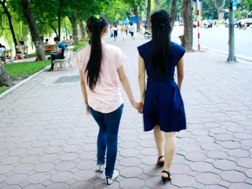 Cách trị đau bụng kinh dại dột của những thiếu nữ 1