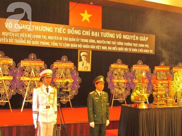 Những hình ảnh xúc động trong ngày Quốc tang Đại tướng 11