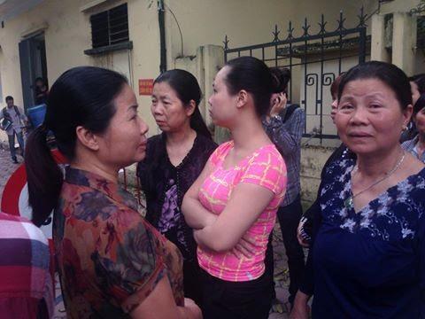 36 người nhà chị Huyền đến dự xử án vụ thẩm mỹ viện Cát Tường 2