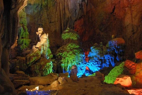 Những địa danh tuyệt đẹp ở nước ngoài giống y hệt của Việt Nam 11