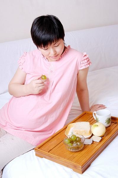 Những đồn thổi hoang đường về ăn uống lúc mang thai 1