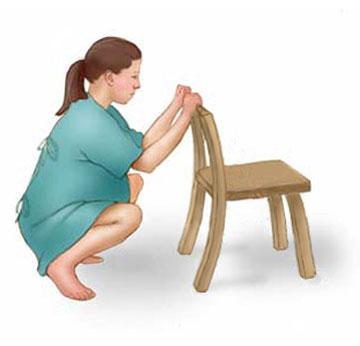 10 tư thế mẹ bầu nên biết để giảm đau khi chuyển dạ 7