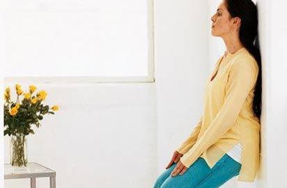 Bài tập chống đau lưng, mỏi cổ cho mẹ sau sinh 2