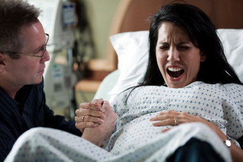 4 cách thở giúp mẹ bầu giảm đau khi chuyển dạ 1