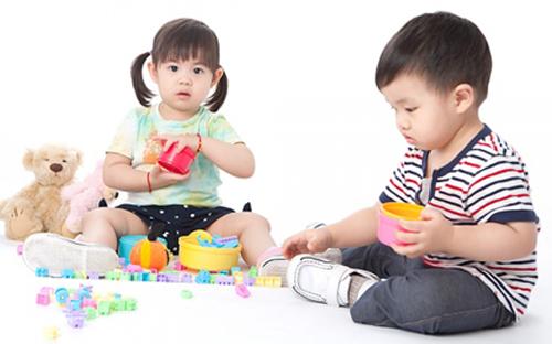 Những bước phát triển đáng lưu ý của bé 4 tuổi 1