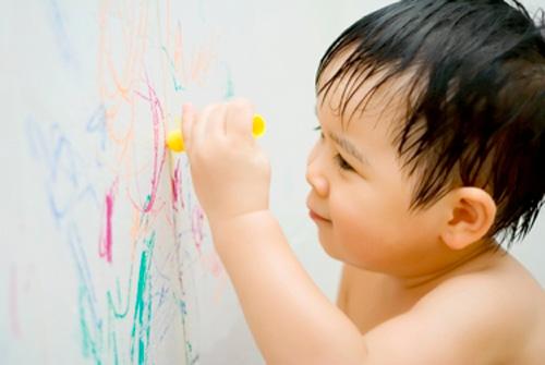 Những bước phát triển đáng lưu ý của bé 18 tháng tuổi 5