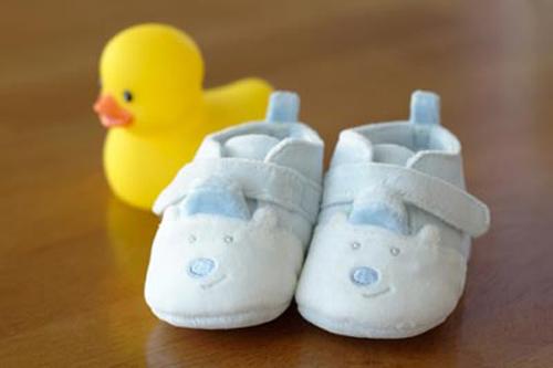 Mua giày dép cho con và những điều mẹ cần lưu ý 2