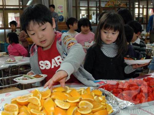 Ngạc nhiên với bữa ăn trưa trong trường học Nhật Bản 6