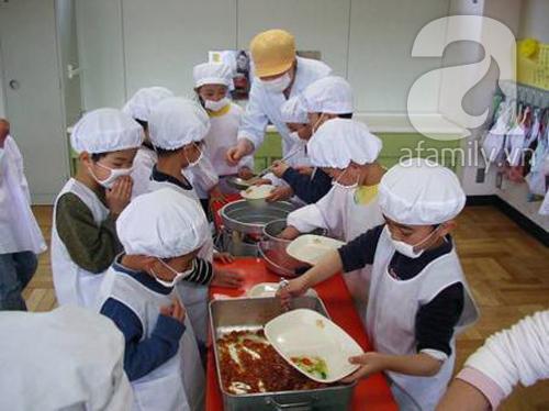 Ngạc nhiên với bữa ăn trưa trong trường học Nhật Bản 7