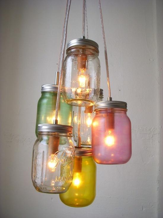 Trang trí nhà đẹp mắt bằng đèn chùm làm từ lọ thủy tinh 3
