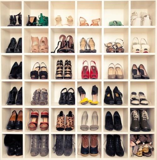 Nhà gọn gàng hơn với 7 cách lưu trữ giày dép cực hay 5