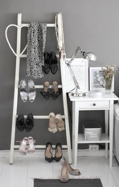 Nhà gọn gàng hơn với 7 cách lưu trữ giày dép cực hay 9