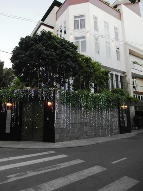 Ngắm những ngôi nhà đẹp như mơ của sao Việt 1