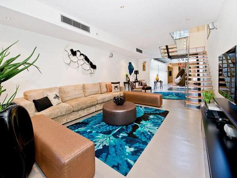 Độc đáo: Ngôi nhà có bể bơi... trong phòng khách 5