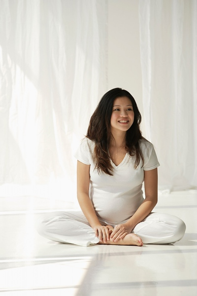 Yoga trước khi sinh: Những điều bà bầu cần biết! 1