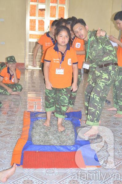Nhật ký 10 ngày đi lính của những đứa trẻ thành phố 22
