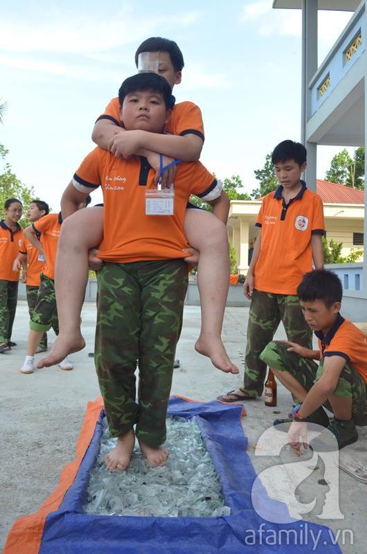 Nhật ký 10 ngày đi lính của những đứa trẻ thành phố 42